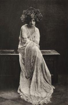 Lenore Ulric, 1926.