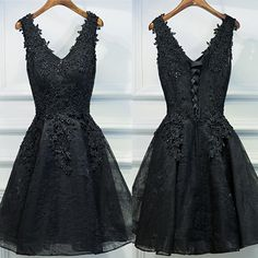 Black Lace Appliques V Neck Sleeveless Lace Up Back Floral Prints Homecoming Prom Gown Dress,BD00109