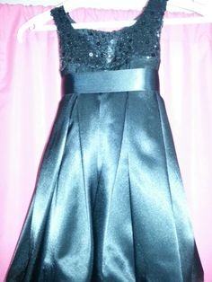 New (never used) - Baby dress size 2