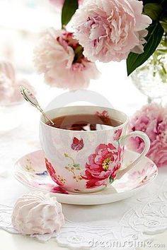 Flores con un té