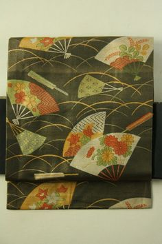 Black and Gold Nagoya Obi (Rokutsu), Grass and Fan Pattern / 黒×金地 芝草扇柄 六通名古屋帯 #Kimono #Japan http://www.rakuten.co.jp/aiyama/