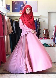 Busana Muslim Syari Desain Terbaru