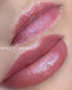 Beauty Secrets, Beauty Hacks, Lip Permanent Makeup, Beauty Makeup, Hair Makeup, Lip Tips, Makeup Before And After, Makeup Services, Lip Colour