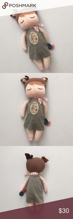 """18"""" Kawaii Plush Dolls 18"""" Stuffed Dolls  Sweet, lovely cartoon plush dolls  New with tag  Never been used. Measurements: Head 7"""" wide  Bust 5"""" wide  Body about 6"""" wide  Hand washable, Machine washable metoo Other"""