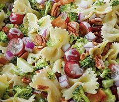 bowtie broccoli pasta salad - Might try this for Easter dinner! Even more fun with Easter pasta Broccoli Pasta Salads, Avocado Pasta, Side Dish Recipes, Dinner Recipes, Side Dishes, Great Recipes, Favorite Recipes, Summer Recipes, Cooking Recipes