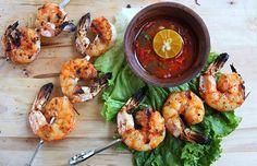 Lemongrass and Sriracha Grilled Shrimp Pork Rib Recipes, Grilled Shrimp Recipes, Grilled Meat, Seafood Recipes, Sriracha Recipes, Asian Recipes, Sriracha Sauce, Chinese Recipes, Raw Food Recipes
