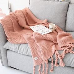 2018 Blankets for Sofa Bed Home Decoration Nordic Style Casual Knitted Blankets with Tassel Pink Throw Cover Plaids Bedpread. Subcategory: Home Textile. Pink Throws, Manta Crochet, Faux Fur Throw, Weaving Patterns, Cozy Blankets, Nordic Style, Textiles, Trendy Colors, Knitted Blankets