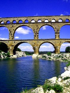 Pont du gard, Nimes France16bce EARLY ROMAN EMPIRE: AUGUGSTUS