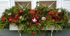 Make a Christmas planter Christmas Window Boxes, Winter Window Boxes, Outside Christmas Decorations, Christmas Planters, Christmas Yard, Christmas Centerpieces, Vintage Christmas, Christmas Wreaths, Christmas Crafts