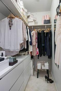 begehbarer kleiderschrank ankleidezimmer selber bauen ideen garderobe Source by The post begehbarer