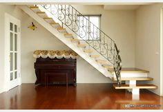 低調奢華_古典風設計個案—100裝潢網 Stairs, Home Decor, Stairway, Decoration Home, Staircases, Room Decor, Ladders, Interior Decorating, Ladder