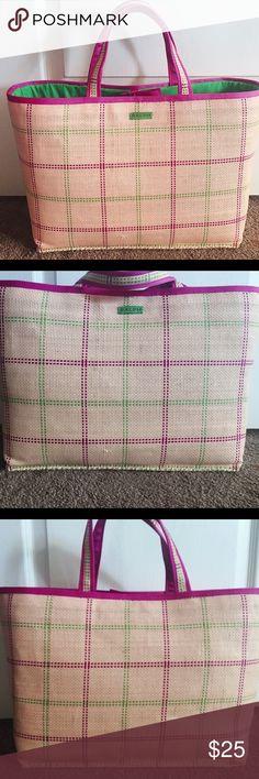 RL tote Super cute Ralph Lauren straw tote. Green lining, great used condition. Lauren Ralph Lauren Bags Totes