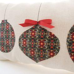 Gorgeous-Handmade-Christmas-Pillow-Inspirations_08.jpg (570×570)