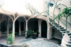 FlyingConcrete Art Nouveau House. This is my Icon for a perfect structure...flowing, organic.