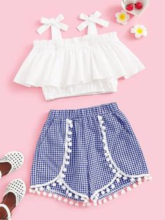 To find out about the Girls Tie Strap Ruffle Top & Pompom Shorts Set at SHEIN, part of our latest Girls Two-piece Outfits ready to shop online today! Girls Fashion Clothes, Teenage Girl Outfits, Dresses Kids Girl, Kids Outfits Girls, Teen Fashion Outfits, Teenager Outfits, Mode Outfits, Kids Fashion, Little Girl Clothing