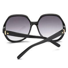 Womens Vintage Round Frame Sunglasses at Banggood