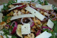 Rucolasalade met aubergine en paddenstoelen - #glutenvrij #lactosevrij #koemelkvrij #sojavrij  Warm rocketsalad with eggplant & mushrooms - #glutenfree #lactosefree #nocowsmilk #soyfree