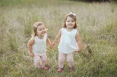 Twin Photo Session | Megan Wilson Photography | Life + Lens | Bloglovin