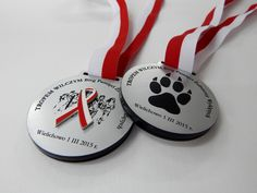 Commemorative medals of laminate-sided - gray and white and red.