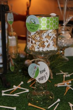 centerpieces with golf balls | ... guess how many golf tees and golf balls were in the table decorations