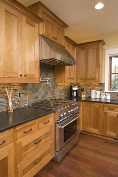 Natural Hickory Cabinet Design Ideas, Pictures, Remodel and Decor - http://centophobe.com/natural-hickory-cabinet-design-ideas-pictures-remodel-and-decor/ -