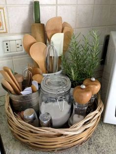 47 Trendy Ideas For Apartment Kitchen Organization Ideas Trays Diy Kitchen Storage, Kitchen Hacks, New Kitchen, Kitchen Ideas, Kitchen Counters, Kitchen Utensils, Kitchen Baskets, Space Kitchen, Kitchen Themes