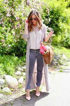 Floor length cardigan. #spring #style #fashion