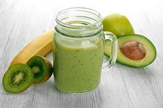 Recepty: 4 osviežujúce avokádové smoothie, ktoré vám naštartujú deň - KAMzaKRÁSOU.sk