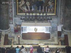 Tumba de San Juan Pablo II (20-5-2014)
