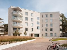 Gallery of Lorentzinpuisto Apartments / Playa Architects - 15
