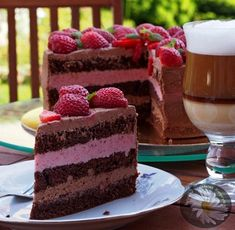 Kulinarne Szaleństwa Margarytki: Tort czekoladowo – truskawkowy Good Food, Yummy Food, Tiramisu, Sweet Tooth, Cheesecake, Cooking Recipes, Baking, Eat, Ethnic Recipes