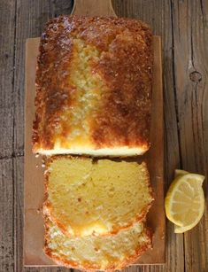A tangy delicious sweet Easy Lemon Bread Recipe. A moist sweet homemade loaf with a simple glaze, perfect for every occasion. Anything lemon is YUMMY! Lemon Curd Dessert, Lemon Desserts, Delicious Desserts, Yummy Food, Healthy Lemon Recipes, Vegan Recipes, Food Cakes, Baking Recipes, Dessert Recipes