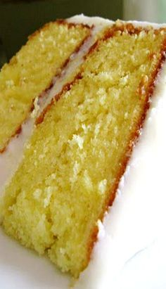 Lemonade Cake with Lemon Cream Cheese Frosting (http://cookiesandcups.com/lemonade-cake-with-lemon-cream-cheese-frosting/)