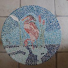 Héron en mosaique sur petit gueridon décoratif