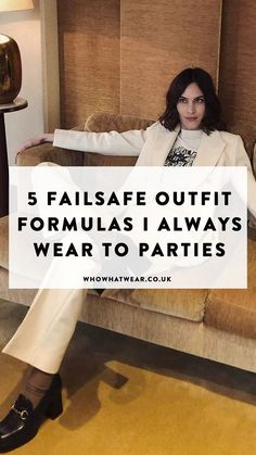 From mega suits to party dresses these are the 5 faille outfits we always wear to parties. Dinner Party Outfits, Party Dresses, Skirt Outfits, Chic Outfits, Down Suit, High Waisted Flares, Slip Skirts, Slogan Tee, Going Out Dresses