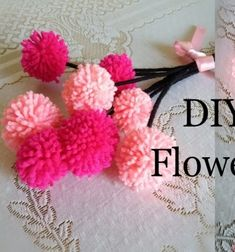 Easy red radish and cucumber roses (vegetable carving) Paper Flower Garlands, Pom Pom Flowers, Yarn Flowers, Pom Poms, Craft Stick Crafts, Diy Crafts, Craft Ideas, Flower Bouquet Diy, Flower Video