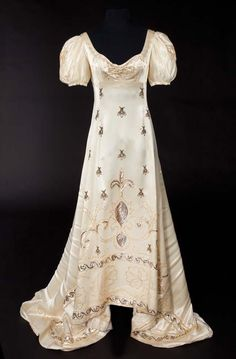 ≗ The Bee's Reverie ≗ Ivory satin coronation gown with gold embroidered bees and olive branches from Desirée