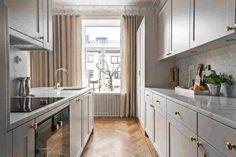 Espaçoso apartamento no estilo escandinavo