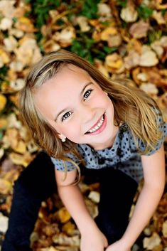 children photography Looking UP to get all the pretty fall leaves Child portrait Glitzz Photography Little Girl Photography, Children Photography Poses, Family Photography, Photography Tips, Portrait Photography, Photography Flowers, People Photography, Outdoor Photography, Foto Portrait