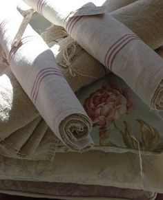 Roses and Rust: Linen Love Linens And Lace, Diy Projects To Try, Decorating Your Home, Painted Furniture, Rust, Burlap, Beautiful Pictures, Sweet Home, Fabrics