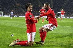Manchester United boss Ole Gunnar Solskjaer is preparing to launch a staggering double swoop for Benfica starlets Ruben Dias and Joao Felix in the summer. Bola Nike, Fc Porto, Sporting, Stamford Bridge, Soccer Stars, Sports Clubs, Old Trafford, Europa League