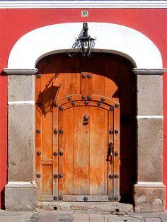 La Puerta - Antigua Guatemala, Sacatepequez