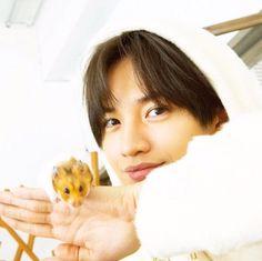 Kento Nakajima, Komatsu Nana, Human Poses, Bishounen, Actors, Sexy, Face, Photos, Instagram