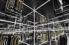 Zuo Corp — гипнотизирующий интерьер магазина модной одежды в Варшаве