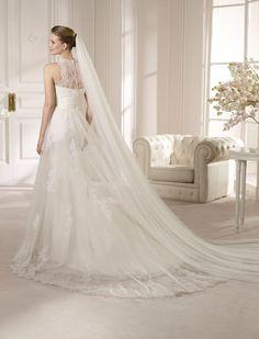 AMALIA | Wedding Dresses | Costura 2013 Collection | San Patrick (back)