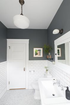 Traditional Bathroom 837247386963607491 - The 30 Best Bathroom Colors – Bathroom Paint Color Ideas Apartment Therapy, Best Bathroom Paint Colors, Gray Bathroom Paint, Gray And White Bathroom Ideas, Small Bathroom Colors, Colorful Bathroom, Gray Paint, Wall Paint Colours, Bathroom With Tile Walls