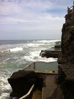 El Salvador - piscinas de agua de mar al pie de Los Farallones / suchitoto.tours @Robyn Miner.com