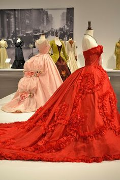 """Red evening gown, inspired by Christian Dior, worn by Lara Flynn Boyle as First Lady in """"Land of the Blind"""" (2006).  Costume Design by Phoebe de Gaye"""