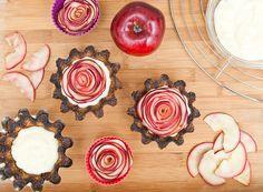 Jablečné růže sice vyžadují chvilku času, ale výsledek stojí rozhodně za to!; Greta Blumajerová