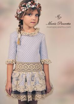 María Picaretta Cute Outfits For Kids, Pretty Outfits, Beautiful Outfits, Little Dresses, Nice Dresses, Girls Dresses, Kids Party Wear, Kids Fashion Photography, Little Girl Fashion